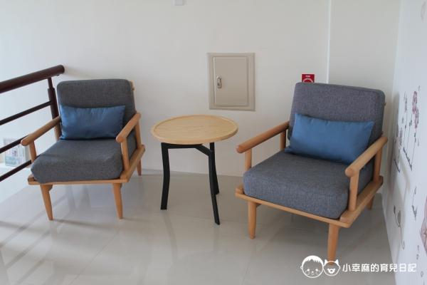 童伴親子民宿-遊戲區沙發