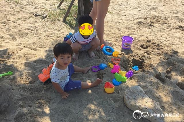 安平倆倆親子民宿-玩沙