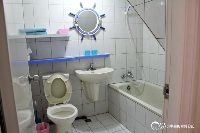 童樂繪親子遊戲館-浴室有浴缸