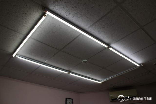 童樂繪親子遊戲館-紫外線消毒燈