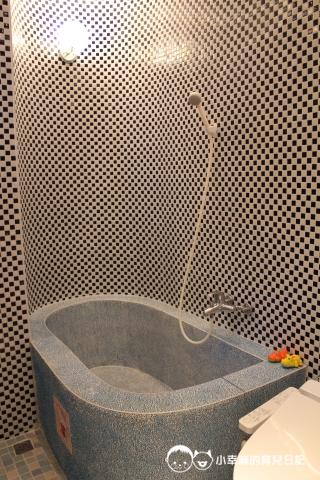 詩情夢幻城堡-超大浴缸