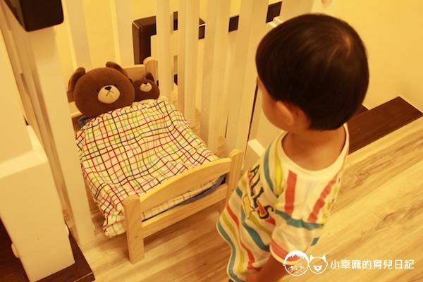幸福童漾親子民宿-樓梯間的小熊床