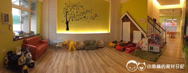 幸福童漾親子民宿-客廳空間寬敞