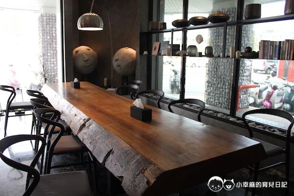 承億文旅 花蓮山知道-漂流木桌