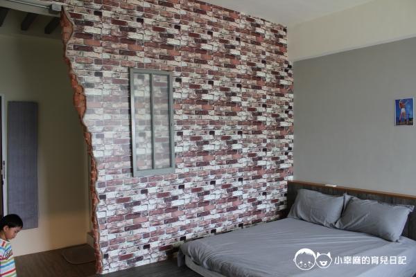 西港外婆家民宿-紅磚牆