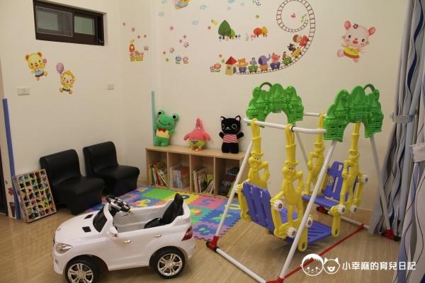 漫步花園親子童趣館-閱讀區