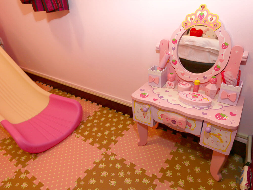 月明風清民宿-梳妝台玩具